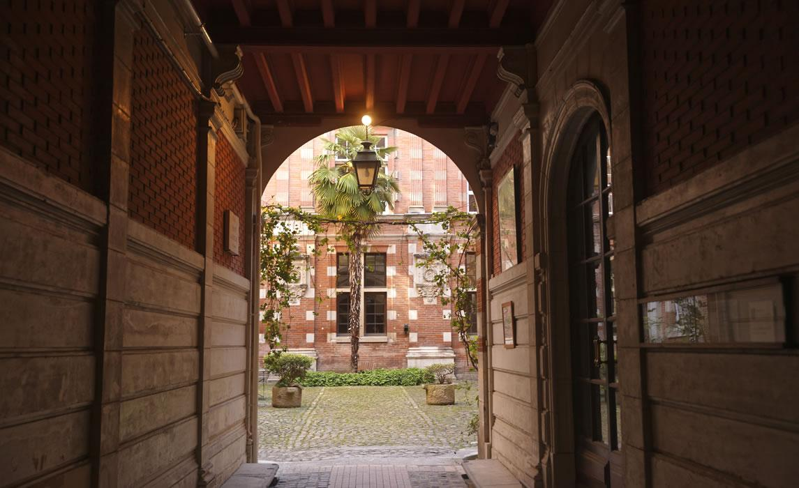 Cour d'hôtel particulier à Toulouse