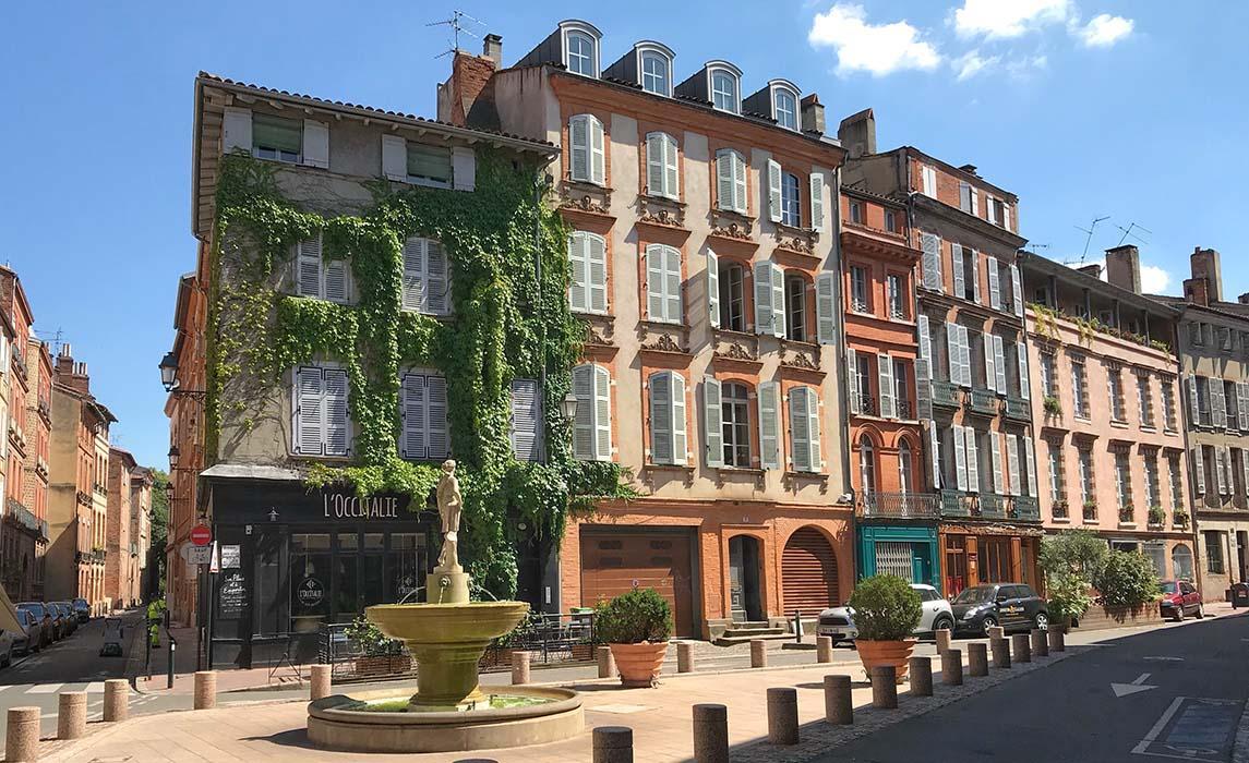 La place Sainte-Scarbes à Toulouse