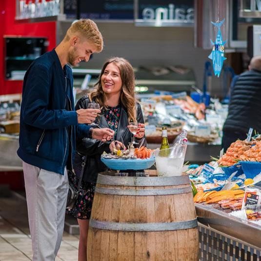 Déjeuner romantique au marché Victor-Hugo